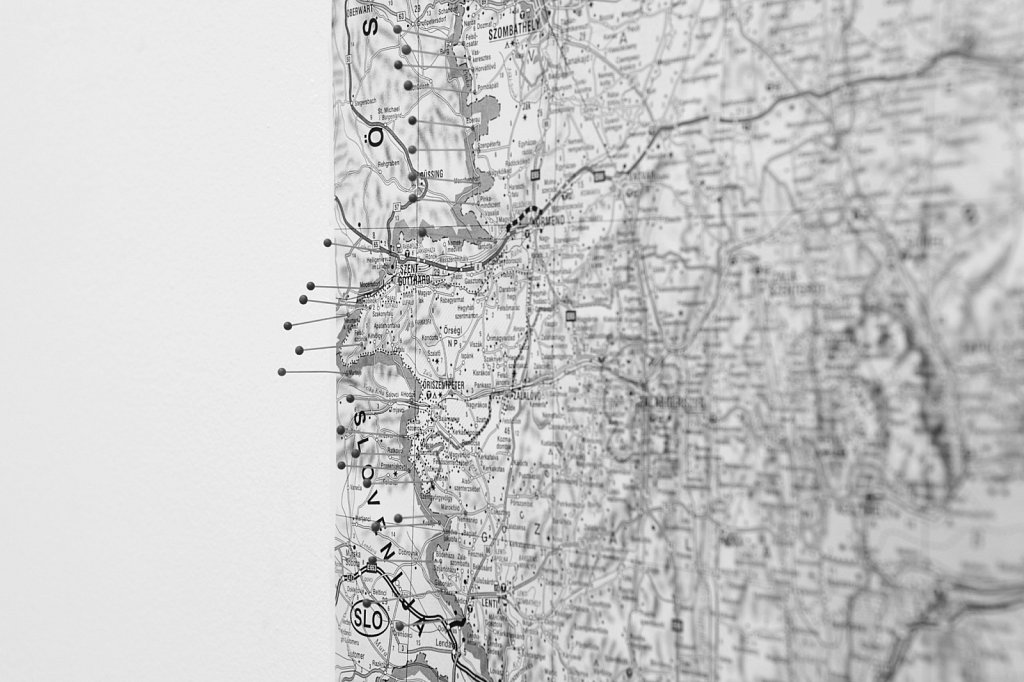 Borders-02-small.jpg
