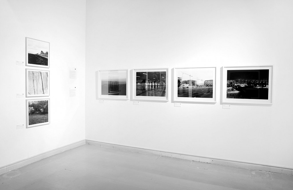 """Display of Borders 2013-2015 (on the left), Budapest 4x5"""" on the right."""